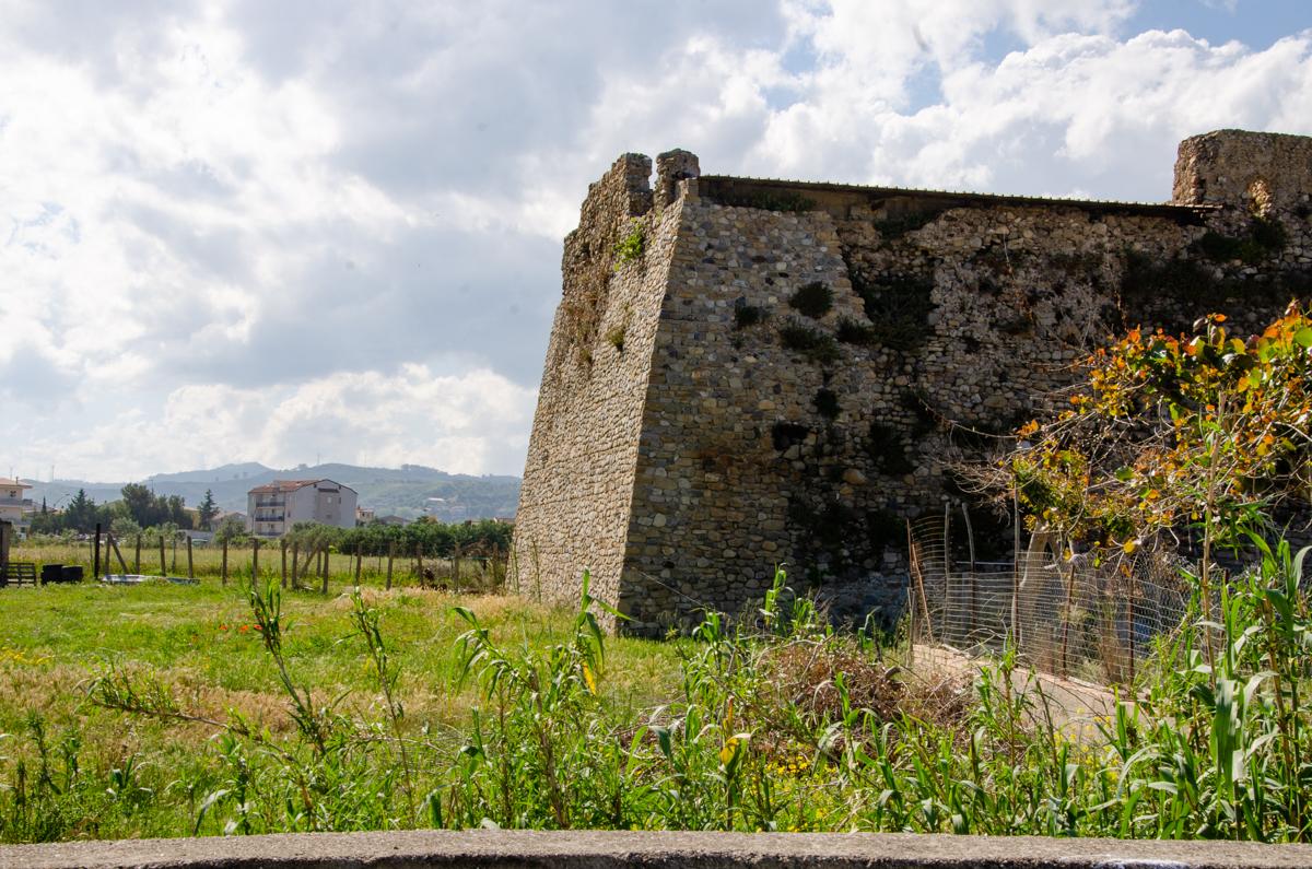 Torre Nuova, una delle due torri di Cirò Marina